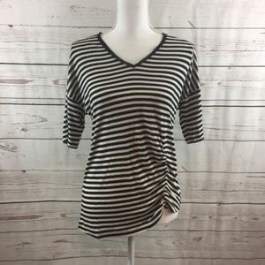 Kenneth Cole Black Striped V-Neck Ruched Tee (XS)